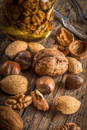 Gesunder Snack – Selbstgebackene Müsli-Nuss-Riegel